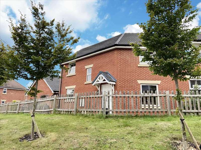 3 Bedrooms Semi Detached House for sale in Lords Way, Andover