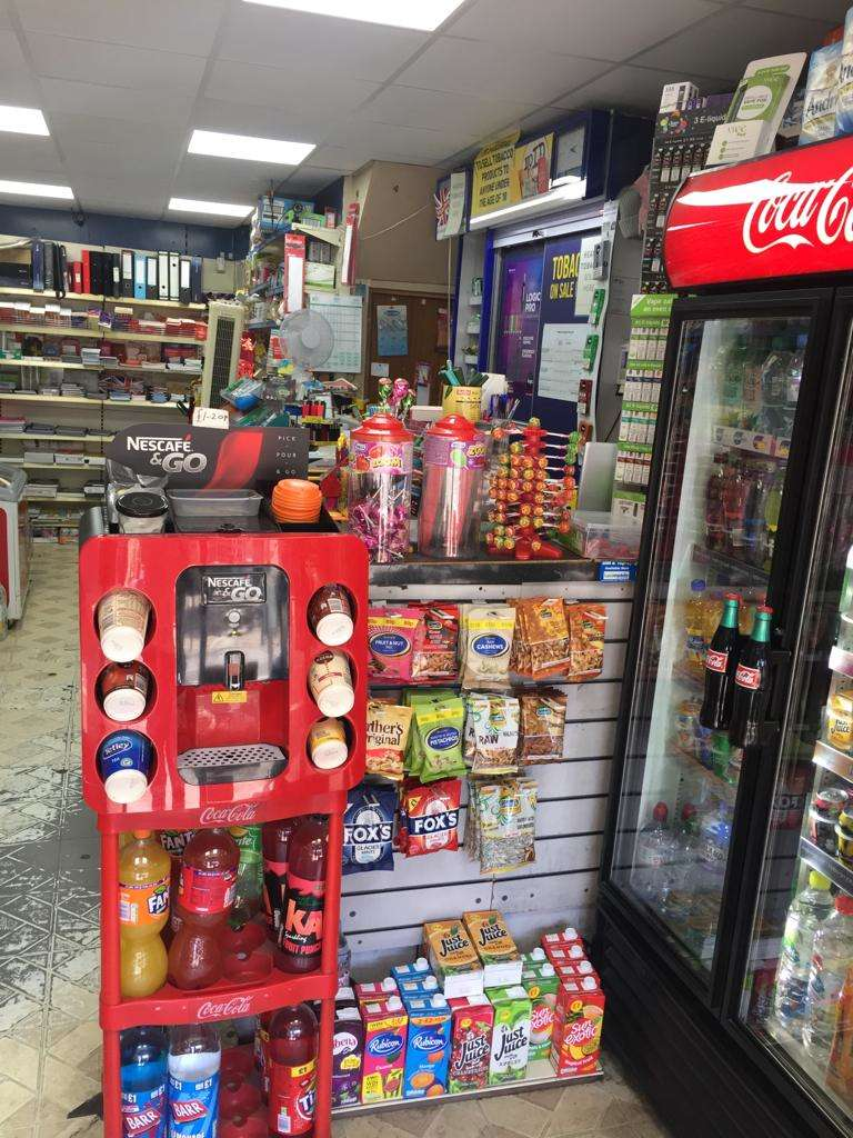 Retail Property (high Street) Commercial for rent in Clapton, E5