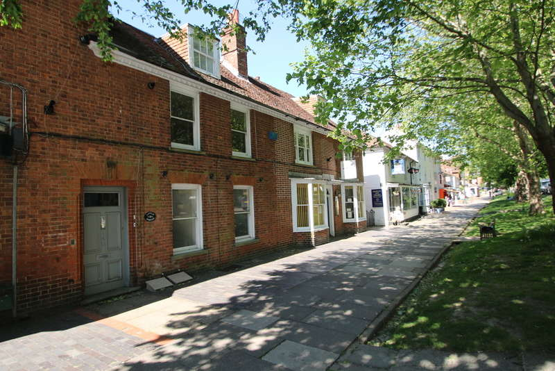 1 Bedroom Flat for sale in 140 High Street, Tenterden