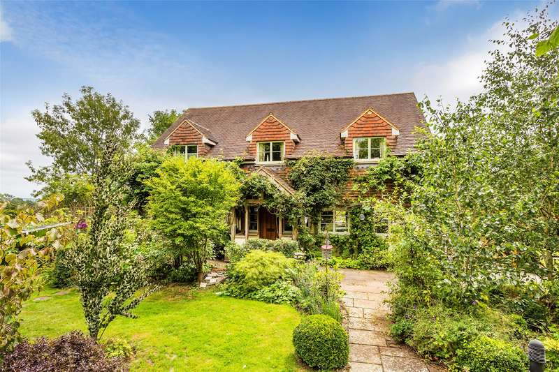 4 Bedrooms Detached House for sale in Norwood Hill, Horley, Surrey, RH6