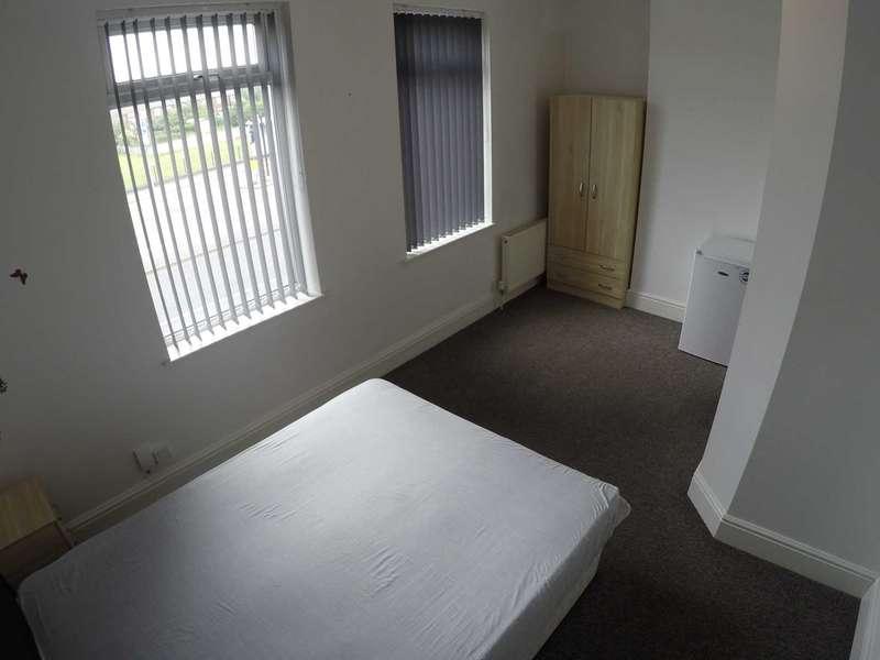 1 Bedroom Studio Flat for rent in Warmsworth Rd, Room 5, Doncaster