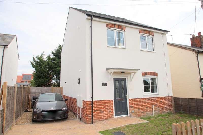 3 Bedrooms Detached House for sale in Aingers Green Road, Aingers Green, Great Bentley
