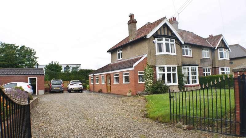 3 Bedrooms Semi Detached House for sale in Moor Road, Prudhoe, NE42