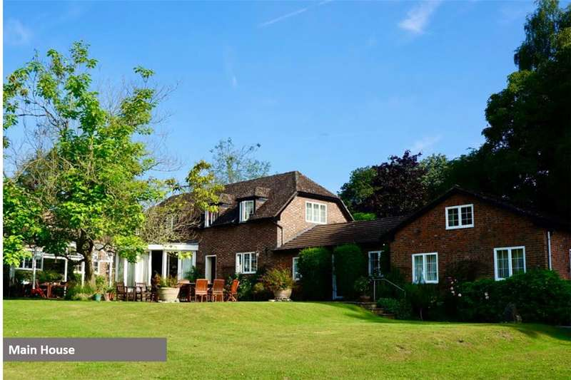 4 Bedrooms Detached House for sale in The Stables, Pound Lane, Oare, Wiltshire, SN8