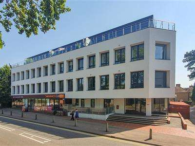 1 Bedroom Flat for sale in Deacons House, High Road, Broxbourne