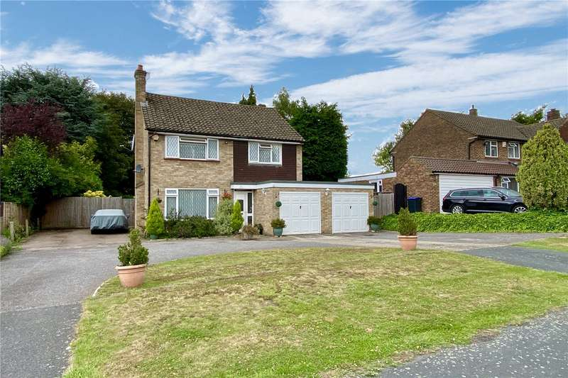 4 Bedrooms Detached House for rent in Tilsworth Road, Beaconsfield, Buckinghamshire, HP9