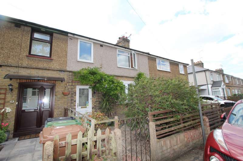 3 Bedrooms House for sale in Lane Avenue, Greenhithe, Kent, DA9