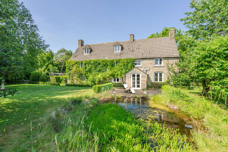 5 Bedrooms House for sale in Near Malmesbury