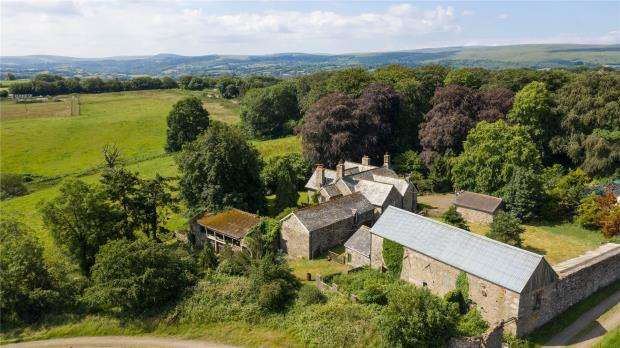 6 Bedrooms Detached House for sale in Whiddon Down, Dartmoor Outskirts, Devon