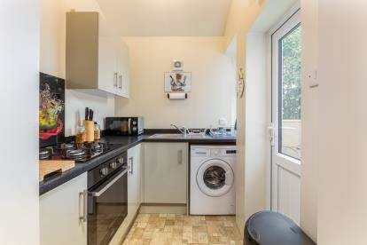 2 Bedrooms Terraced House for sale in Nairne Street, Burnley, Lancashire, BB11