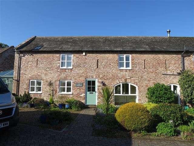 3 Bedrooms Semi Detached House for sale in Brunstock Mews, Brunstock, Carlisle, Cumbria, CA6 4QG