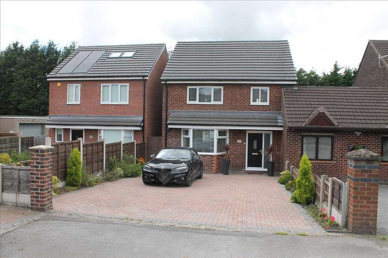 3 Bedrooms Semi Detached House for sale in Church Street, Adlington