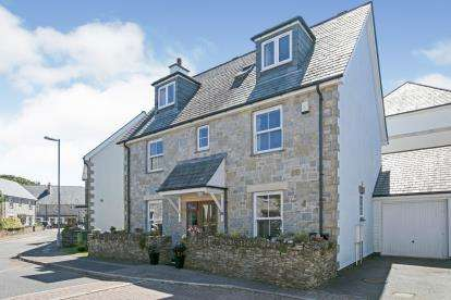 5 Bedrooms Link Detached House for sale in Saltings Reach, Hayle, Cornwall