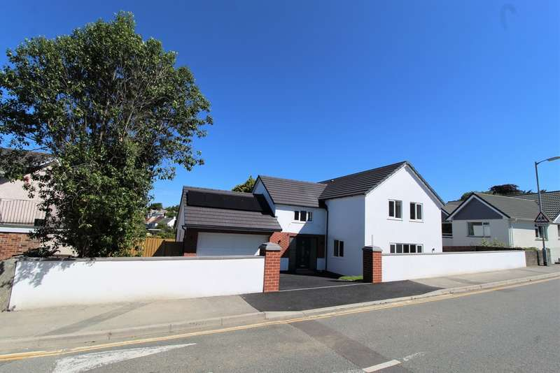 4 Bedrooms Detached House for sale in Dunheved Fields, Launceston