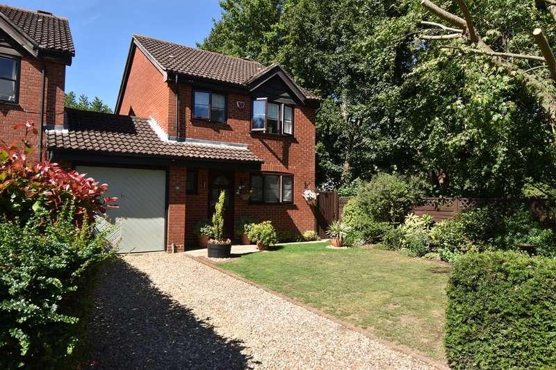 3 Bedrooms Link Detached House for sale in Stapleford, Welwyn Garden City, AL7