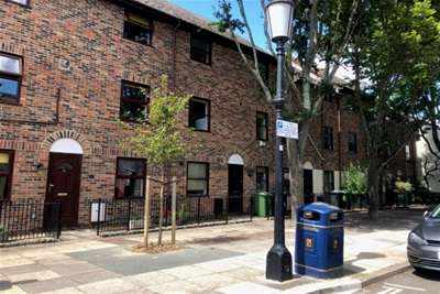 5 Bedrooms Town House for rent in Eldon street, Southsea *VIDEO TOUR AVAILABLE*