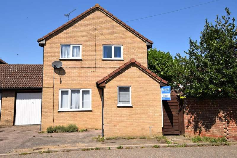 3 Bedrooms Semi Detached House for sale in St Mary's Walk, Steeple Bumpstead