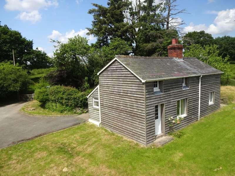 2 Bedrooms Detached House for sale in Howey, Llandrindod Wells, Powys, LD1 5RF