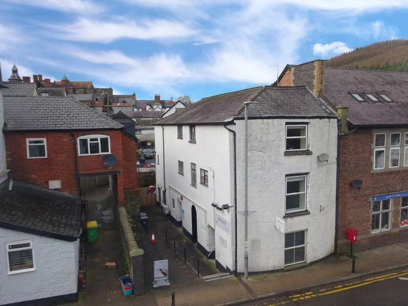 2 Bedrooms Apartment Flat for rent in 3 Wylcwm Place, Knighton, Powys, LD7 1AE
