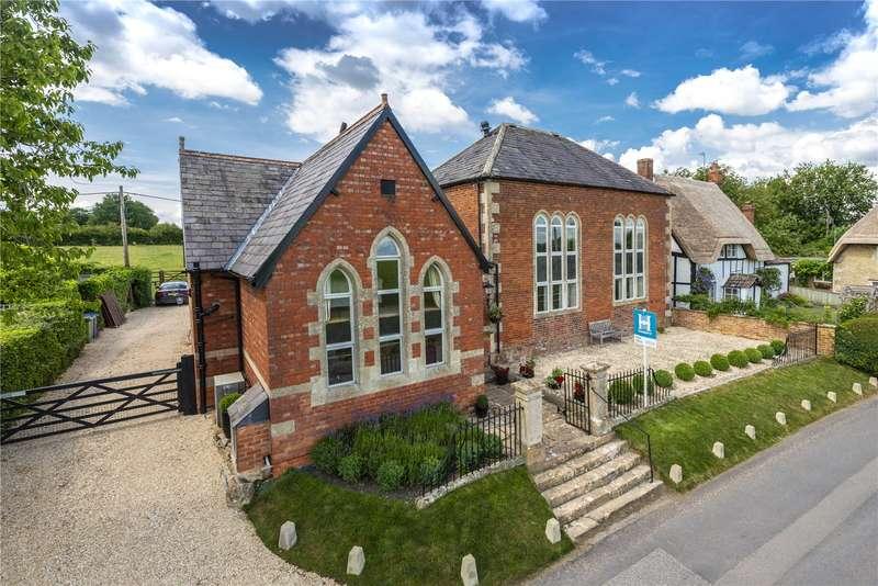 5 Bedrooms Detached House for sale in Main Street, Keevil, Trowbridge, Wiltshire