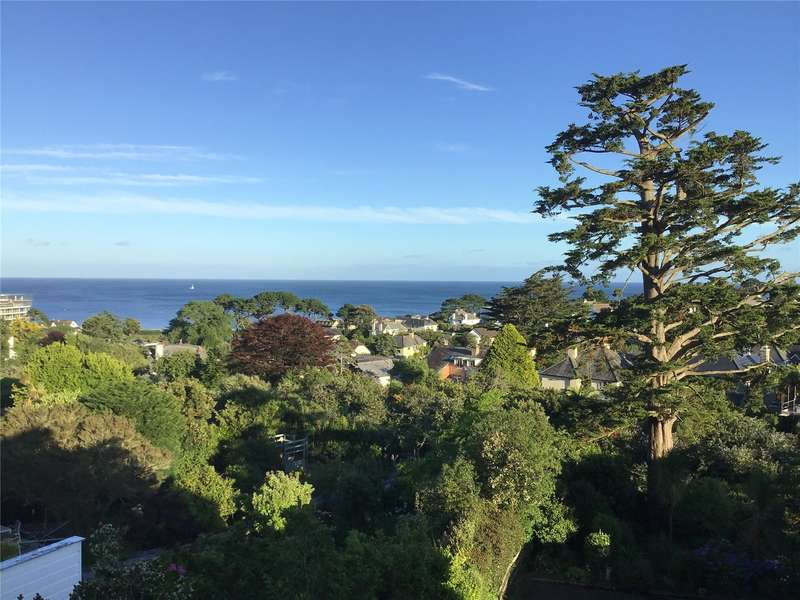3 Bedrooms Penthouse Flat for sale in Pennance House, Sea View Road, Falmouth, Cornwall