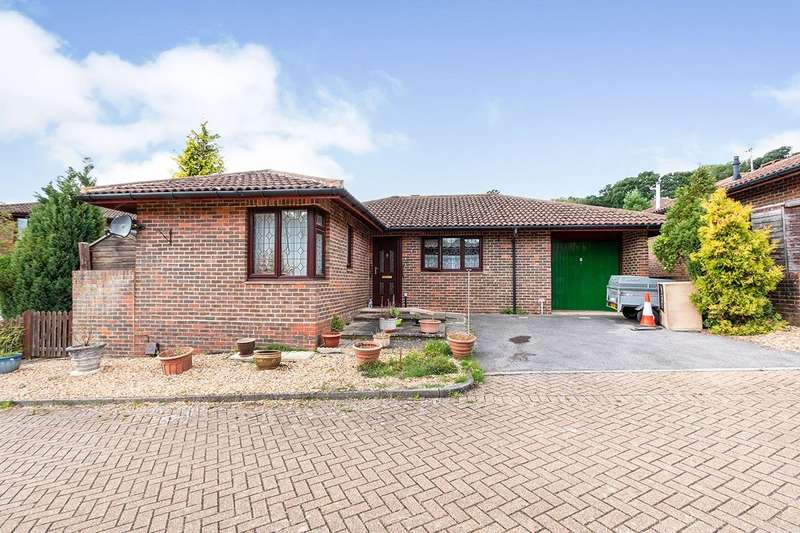 2 Bedrooms Detached Bungalow for sale in Marshcourt, Lychpit, Basingstoke, Hampshire, RG24