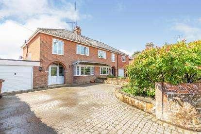 3 Bedrooms Semi Detached House for sale in Fakenham, Norfolk, England