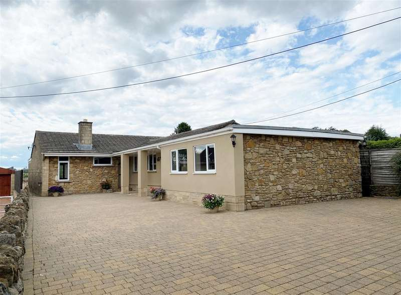 5 Bedrooms Bungalow for sale in Goatacre Lane, Goatacre, Calne