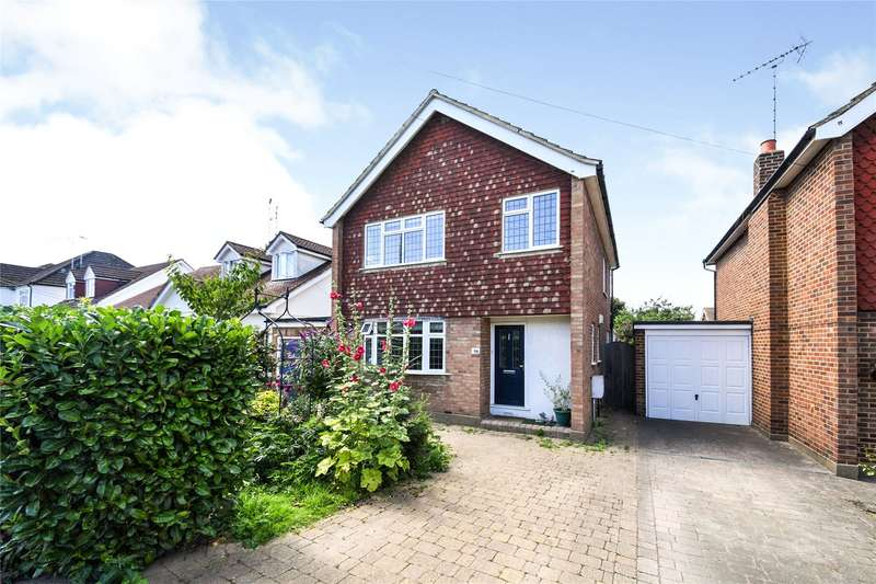 4 Bedrooms Detached House for sale in Goodwood Avenue, Hutton, Brentwood, Essex