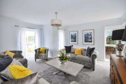 4 Bedrooms Detached House for sale in Barnhill Gardens, Sutton In Ashfield