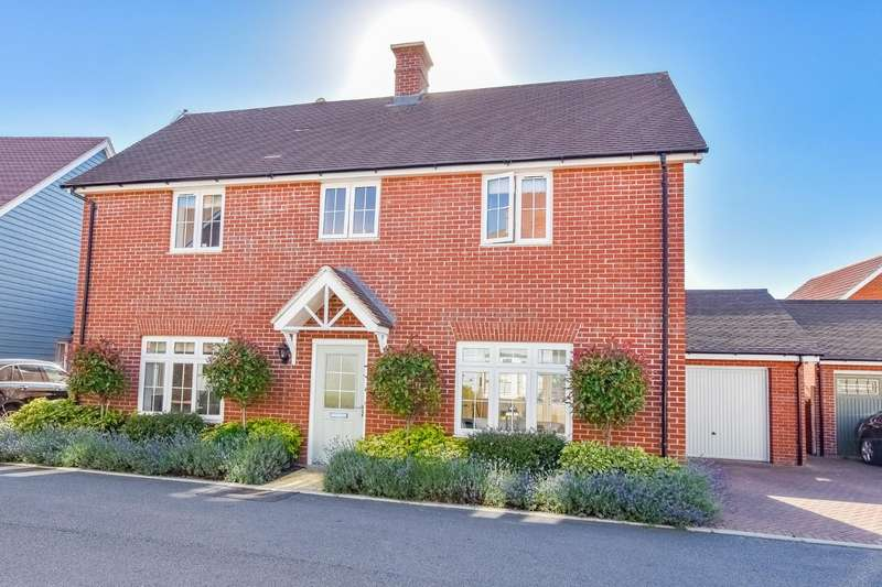 4 Bedrooms Detached House for sale in Russell Francis Way, Takeley, Bishop's Stortford