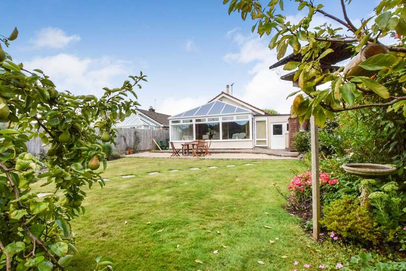 3 Bedrooms Detached House for sale in 3 Silver Street, Congresbury, Bristol, BS49 5EY