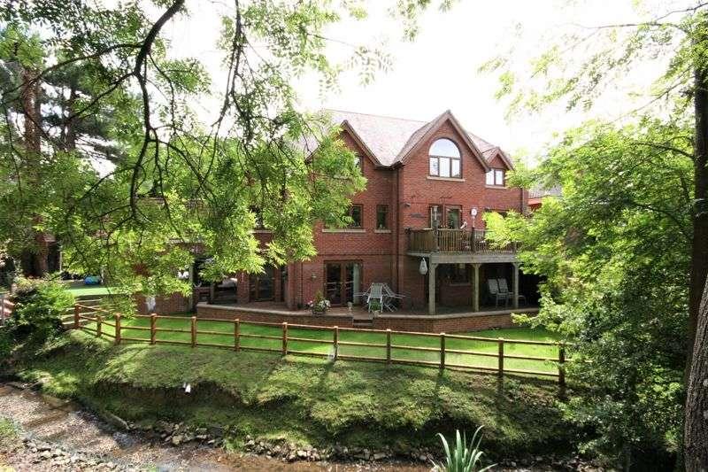 5 Bedrooms Property for sale in Mill Lane, Brockworth, Gloucester