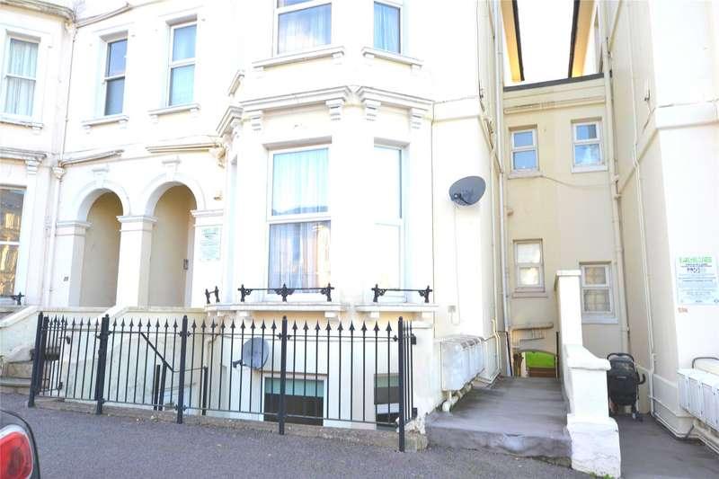 2 Bedrooms Flat for sale in Upper Grosvenor Road, Tunbridge Wells, Kent, TN1