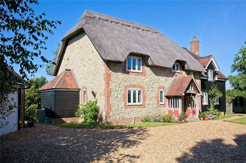 4 Bedrooms Detached House for sale in St. Andrews View, Fontmell Magna, Shaftesbury, SP7