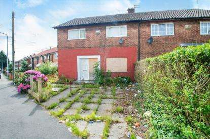 4 Bedrooms Semi Detached House for sale in Kenyon Way, Little Hulton, Manchester, Greater Manchester