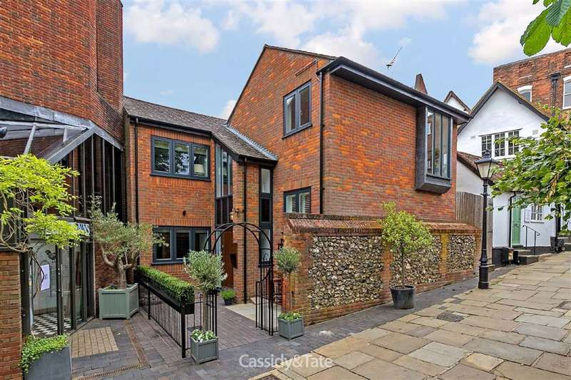 3 Bedrooms Property for sale in High Street, St. Albans, Hertfordshire - AL3 4EW