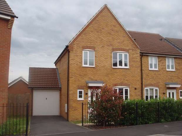 3 Bedrooms Semi Detached House for rent in Clay Furlong, Sandhills, Leighton Buzzard, Bedfordshire
