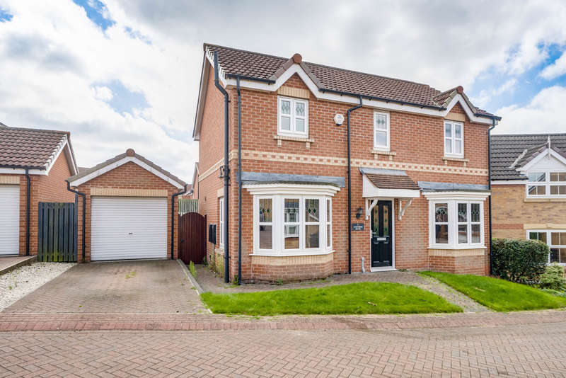3 Bedrooms Detached House for sale in Acrewood Drive, Woodlaithes Village
