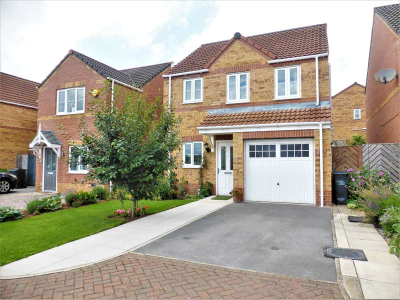 3 Bedrooms Detached House for sale in Bella Avenue, Goldthorpe, Rotherham, S63 9GT