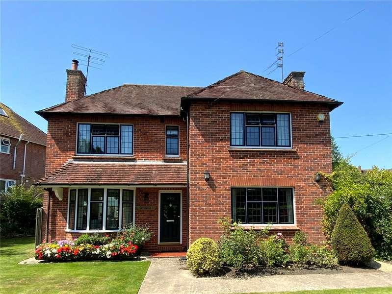 3 Bedrooms Detached House for sale in Kelsall, Potterne Road, Devizes, Wiltshire, SN10