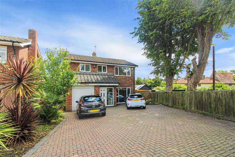 4 Bedrooms Detached House for sale in Wrotham Road, Meopham