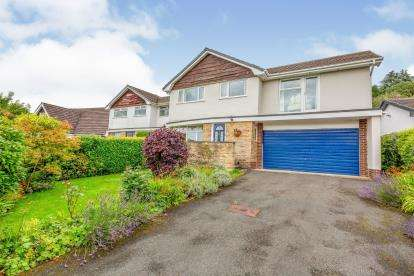 4 Bedrooms Detached House for sale in Buckingham Drive, Read, Burnley, Lancashire, BB12
