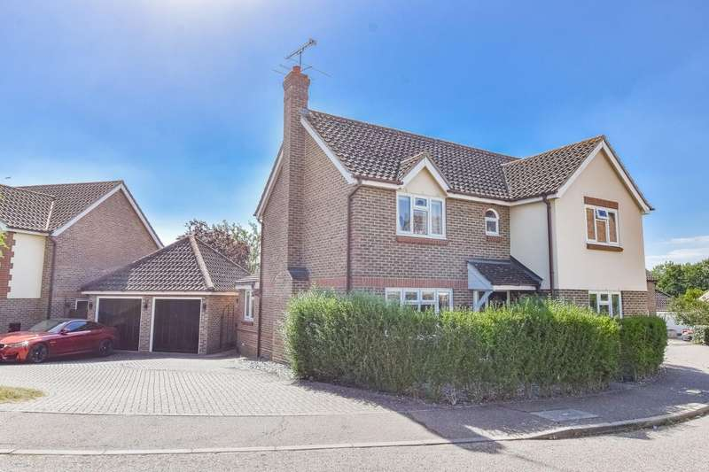 4 Bedrooms Detached House for sale in Marshalls Piece, Stebbing