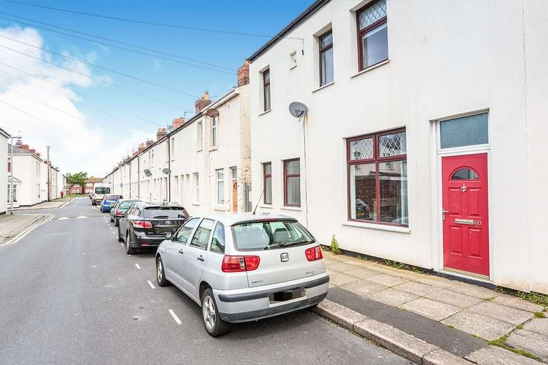 3 Bedrooms End Of Terrace House for sale in Harrison Street, Blackpool, FY1