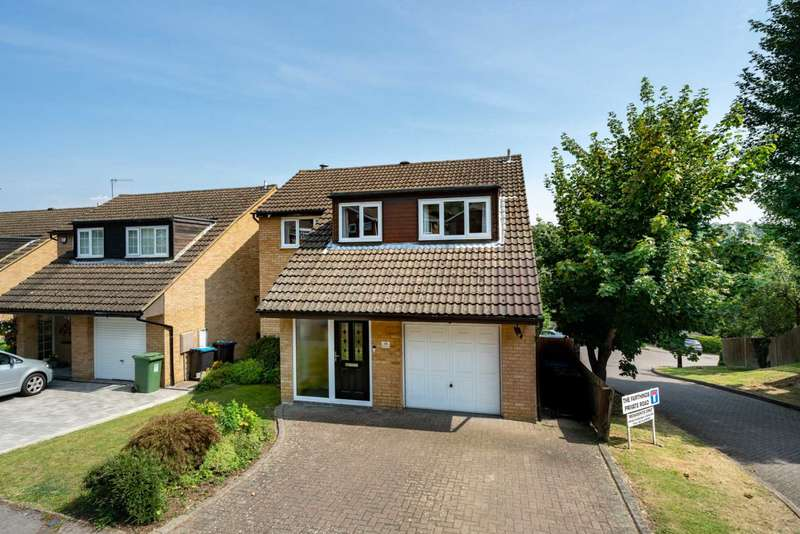 4 Bedrooms Detached House for sale in Cardy Road, Beautifully presented family home with 4 Bedrooms, Over 1700 SQ FT