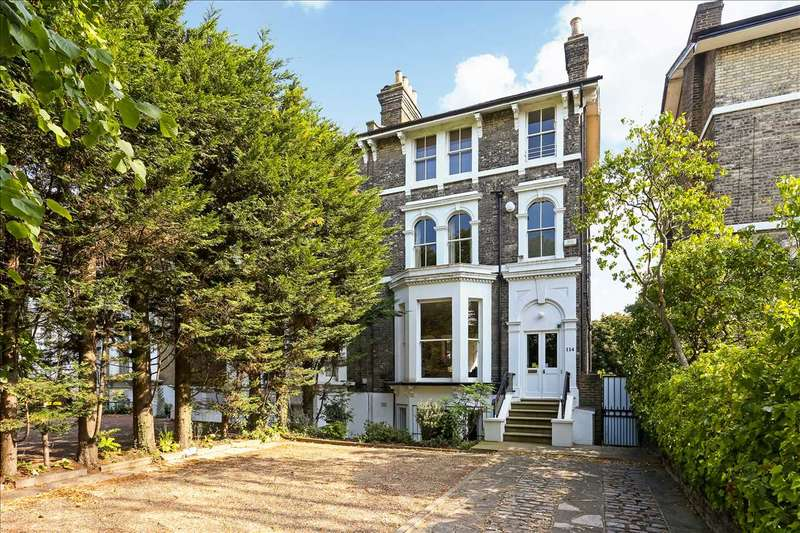 4 Bedrooms House for sale in Shooters Hill Road, Blackheath