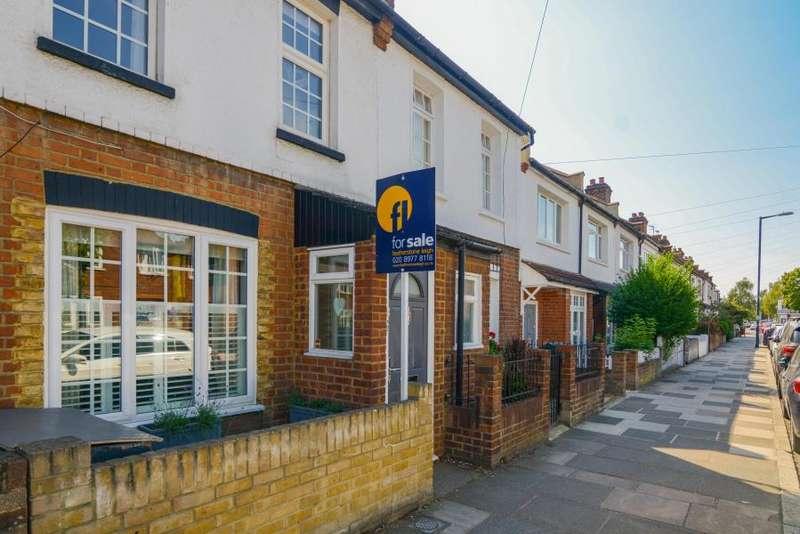 2 Bedrooms House for sale in Shacklegate Lane, Teddington, TW11