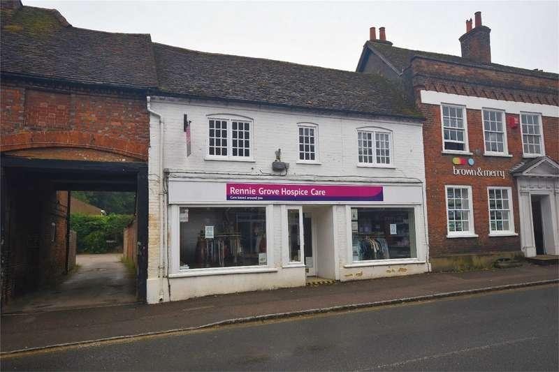 2 Bedrooms Flat for rent in High Street, Wendover, Buckinghamshire