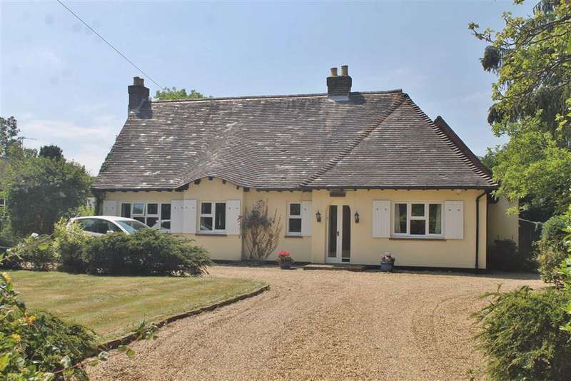 5 Bedrooms Detached Bungalow for sale in Whitehill Road, Meopham